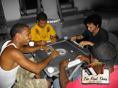 dominican dominio game, domino game, dominican people playing game