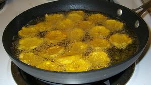 Delicious Crispy Dominican Tostones